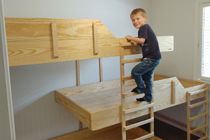 Stuff Done Right Triple Bunk Bed